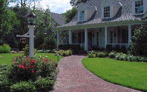 Montclair Country Living #003 by Landscape Techniques Inc